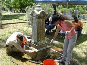 Cleaning a monument