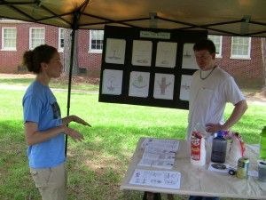 NCPTT's  Stephanie Nelson discusses tree maintenance at the NPS Preservation  Community Fair.