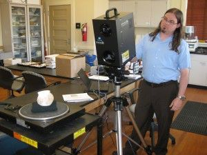 Jason Church uses Konica Minolta laser scanner to study native pot from Williamson Museum