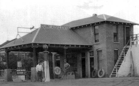 Magnolia Service Station - Historic