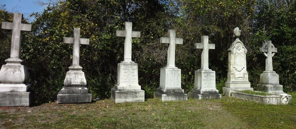 Crosses at Oakdale Cemetery Wilimington, NC