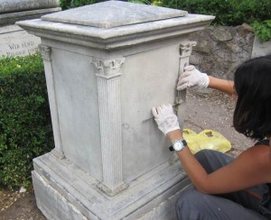 ICCOM students working on graves.