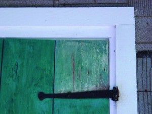 A door jamb at Cane River Creole National Historical Park is coated with limewash, a traditional structural protectant.
